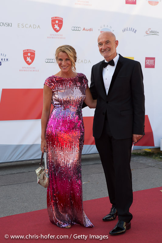 VIENNA, AUSTRIA - JUNE 26: Doris and Gabor Rose attend the gala event 450 years Spanische Hofreitschule on June 26, 2015 in Vienna, Austria.  (Photo by Chris Hofer/Getty Images)