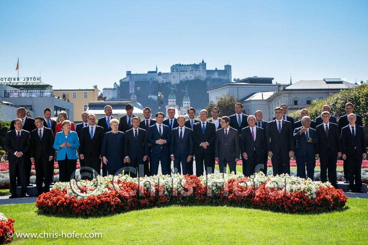 EU-Gipfel Salzburg 20.09.2018 Foto: Chris Hofer, Bild zeigt: Gruppenbild der 28 Staats- und Regierungschefs im Mirabellgarten