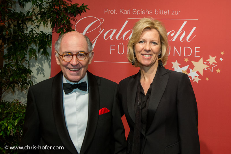 VIENNA, AUSTRIA - MARCH 19: Georg Markus and his wife Daniela attend Karl Spiehs 85th birthday celebration on March 19, 2016 in Vienna, Austria. (Photo by Chris Hofer/Getty Images) *** Local Caption *** Georg Markus