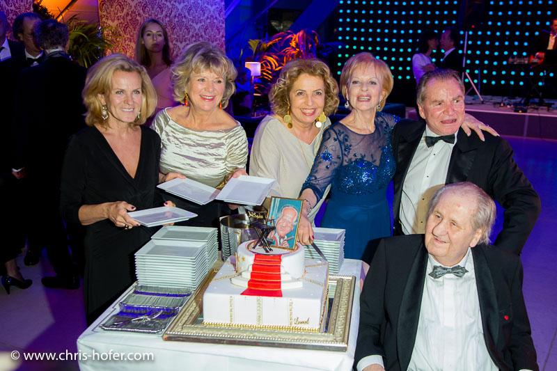 VIENNA, AUSTRIA - MARCH 19: Andrea L'Arronge, Jutta Speidel, Michaela May, Angelika Spiehs and Fritz Wepper attend Karl Spiehs 85th birthday celebration on March 19, 2016 in Vienna, Austria. (Photo by Chris Hofer/Getty Images)