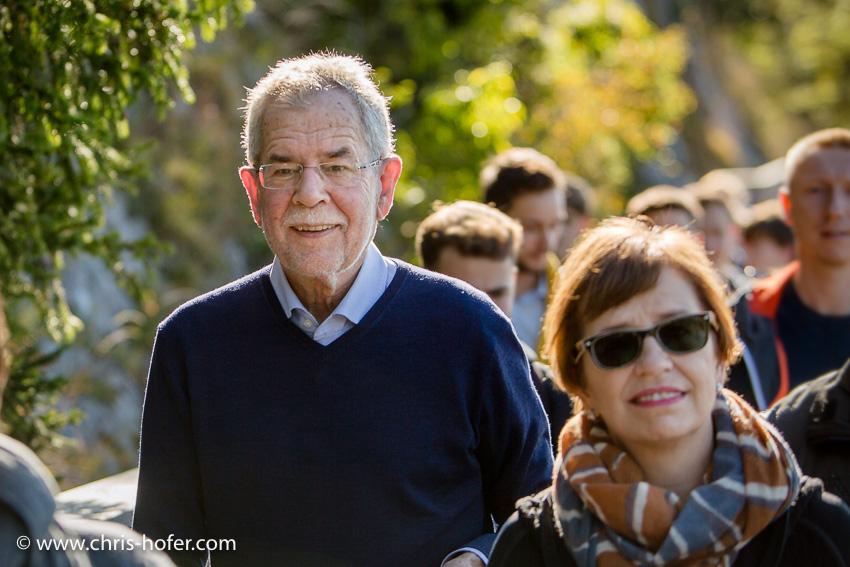 Bilder :: Wanderung mit Bundespräsidentschafts-Kandidat Alexander Van der Bellen